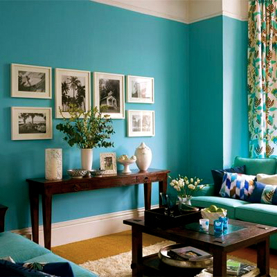 Color me happy totally taken with turquoise the funky bear for Living room paint colour inspiration