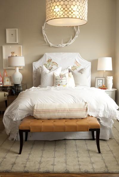 Spotlight On White Bedding The Funky Bear